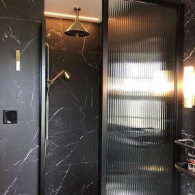 vonios-kambario-interjeras-marmuras (1)